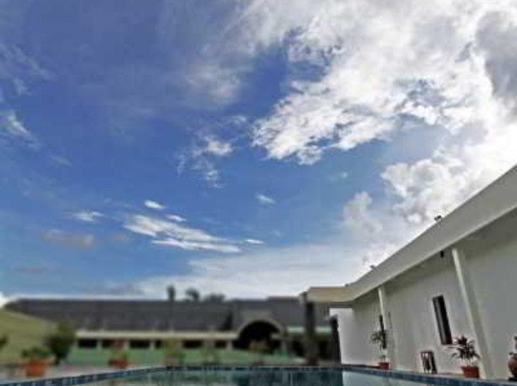 Gowongan Inn Pool