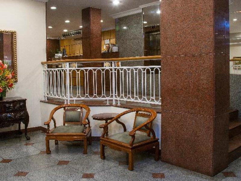 Hotel Canada Bar