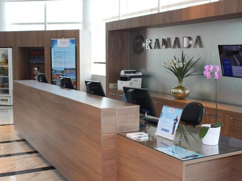 Ramada Rio de Janeiro Recreio Lounge/Empfang