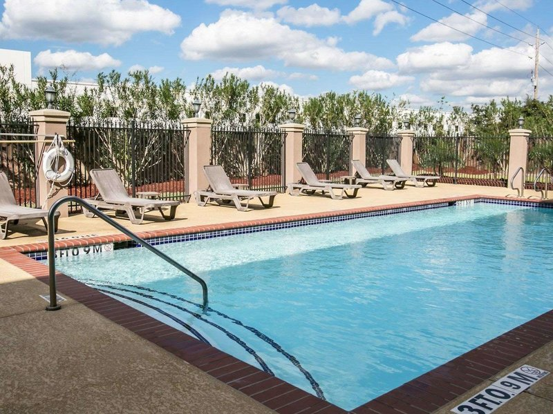 Sleep Inn & Suites Houston I-45 North Pool