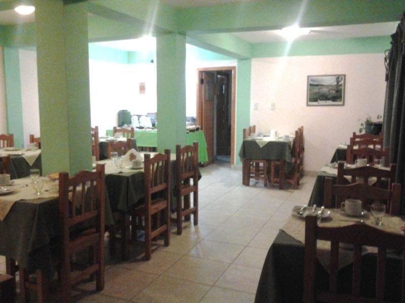 Les Eclaireurs Restaurant