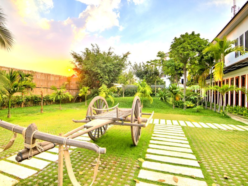 La Residence Blanc D´Angkor Garten