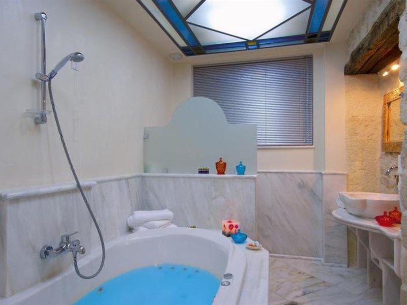 Avli Badezimmer