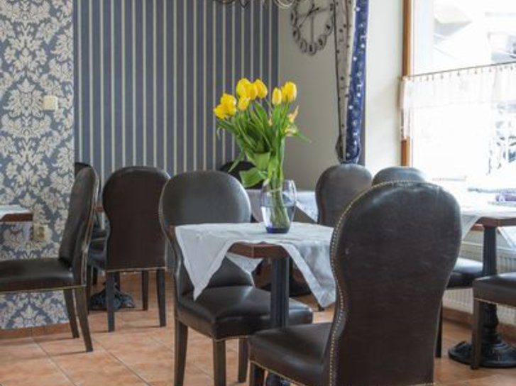Willa LaBelle Restaurant