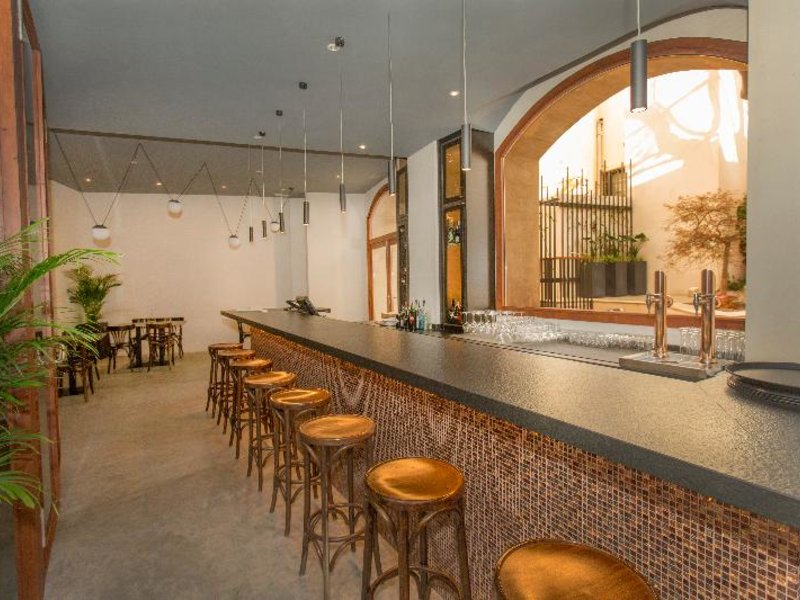 ICON Roseto by Petit Palace Restaurant