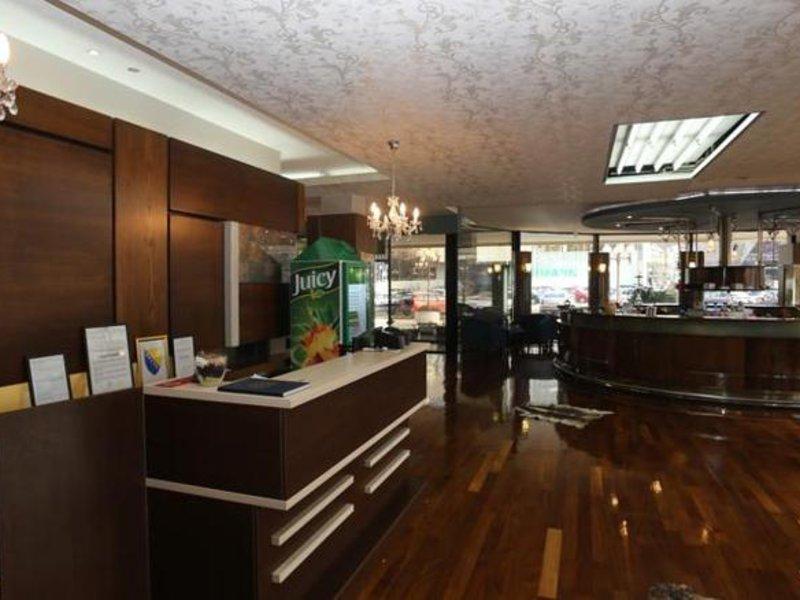 Holiday Inn Sarajevo Lounge/Empfang