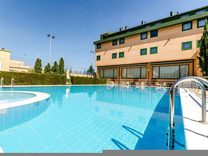 Horus Salamanca Pool