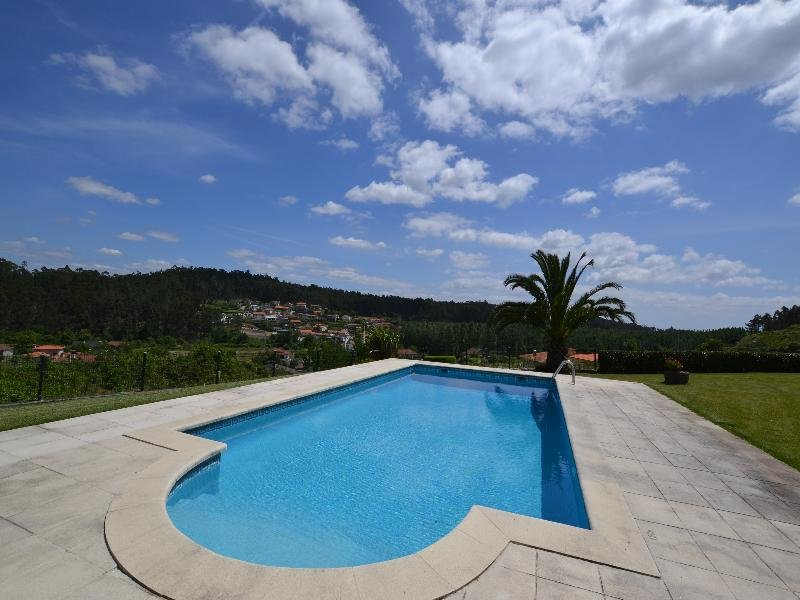 Quinta Do Sourinho Pool