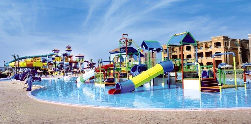 Charmillion Club Aqua Park  Pool