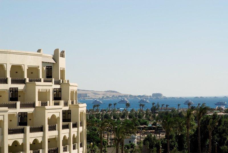 Steigenberger Al Dau Beach Hotel Außenaufnahme
