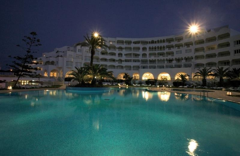 Delphin Habib Hotel Außenaufnahme