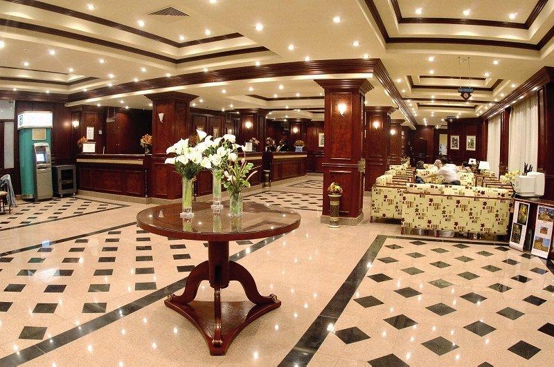 Menaville Resort Lounge/Empfang