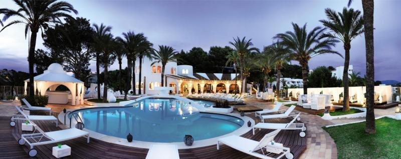 Maritim Hotel Galatzo Pool