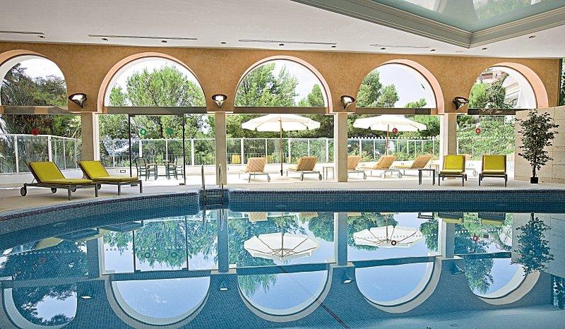 Maritim Hotel Galatzo Hallenbad