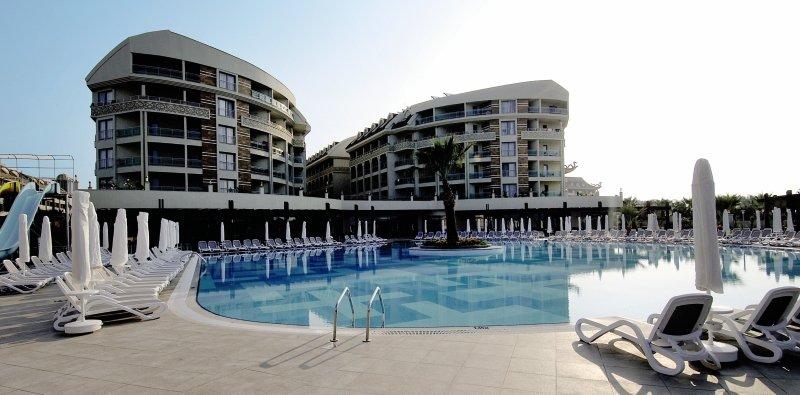 Seamelia Beach Resort & Spa Pool