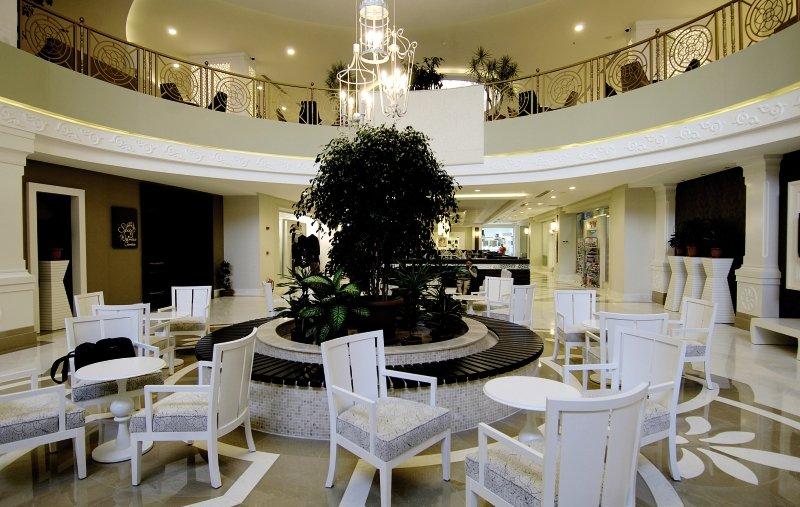 Seamelia Beach Resort & Spa Lounge/Empfang