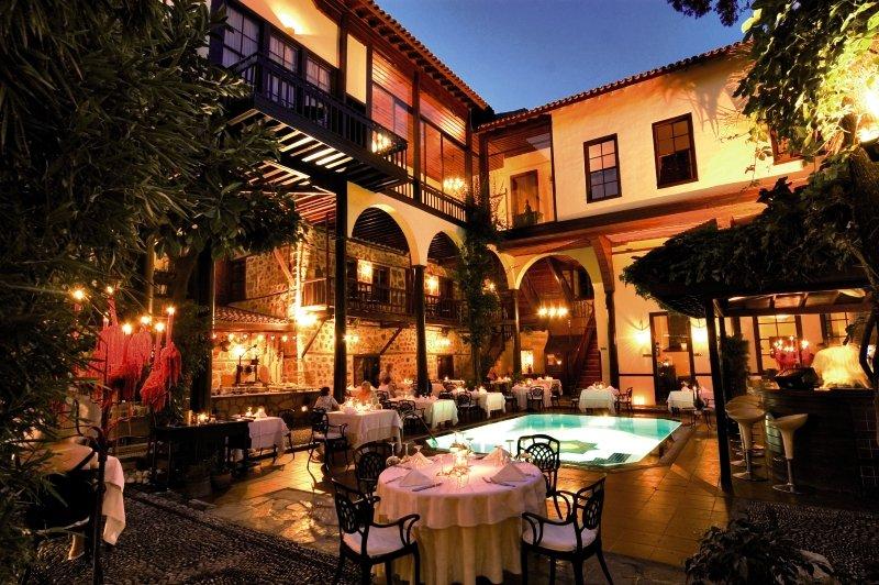 Alp Pasa Restaurant