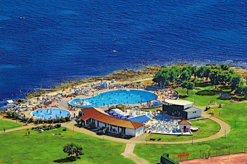 Apartments Polynesia Plava Laguna Pool