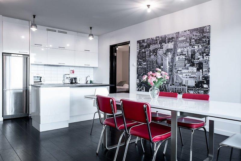 Central Premium Luxury Apartments Bar