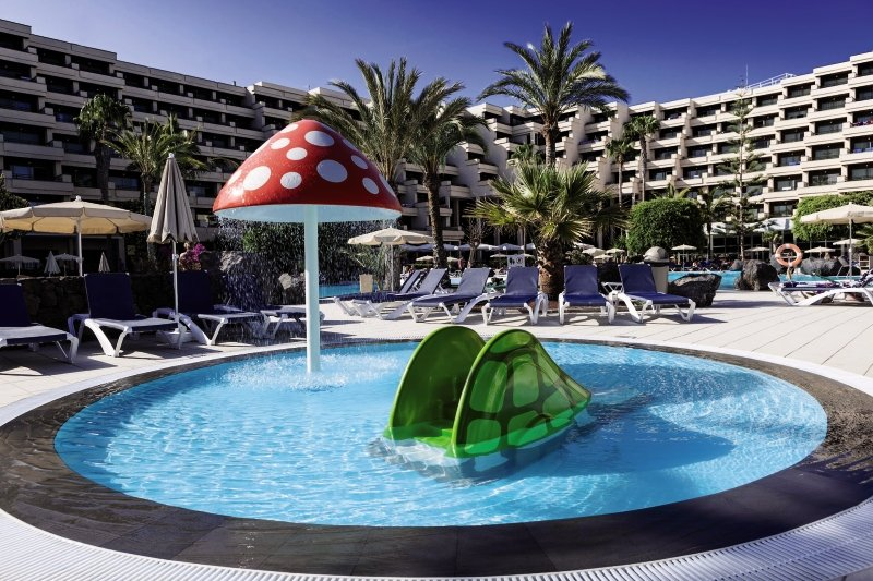 Occidental Lanzarote Playa Pool
