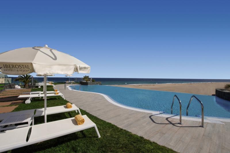 Iberostar Playa Gaviotas Pool