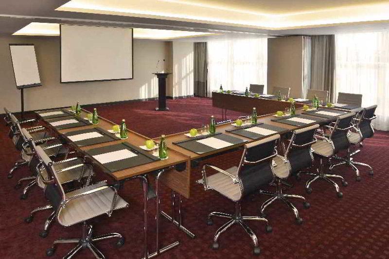 Swiss-Belhotel Seef Konferenzraum