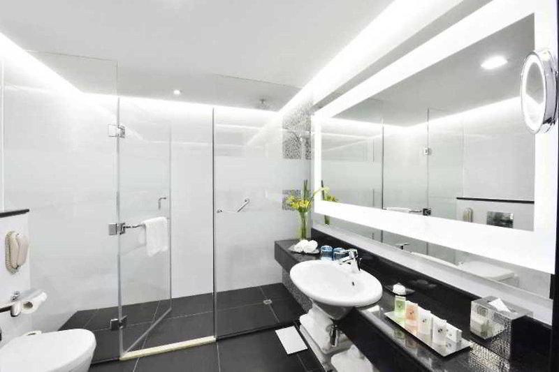 Swiss-Belhotel Seef Badezimmer