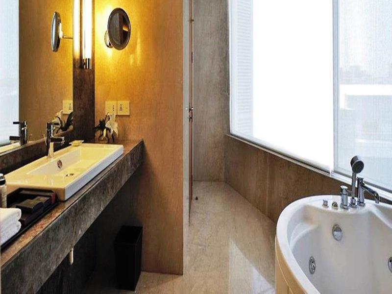 Anya Gurgaon Badezimmer