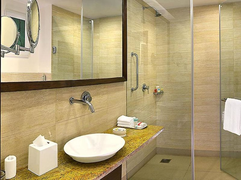 Four Points by Sheraton New Delhi Airport Highway Badezimmer