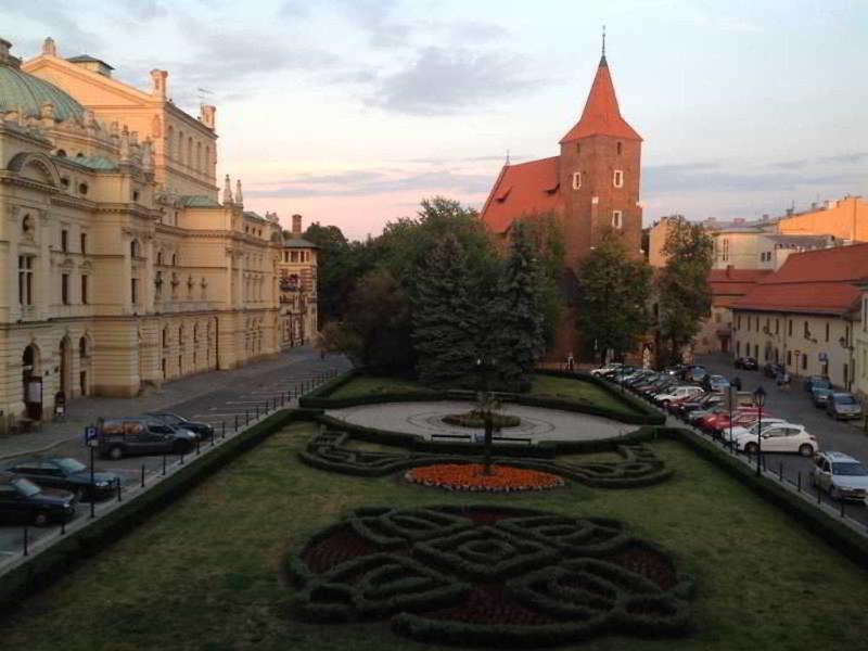 Krakow City Apartments Außenaufnahme