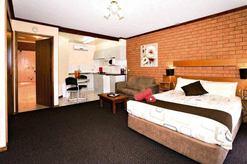 Blue Whale Motor Inn & Apartments Wohnbeispiel