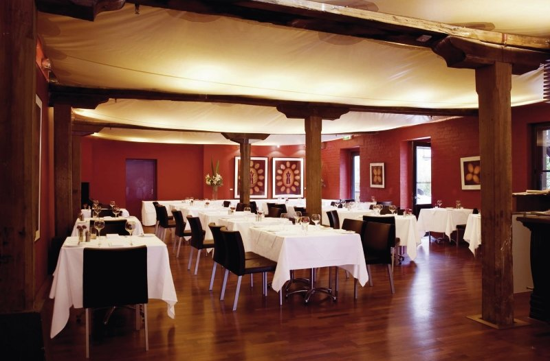 The Henry Jones Art Hotel Restaurant