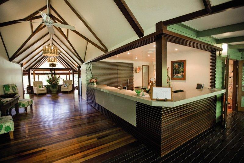 Silky Oaks Lodge & Healing Waters Spa Lounge/Empfang