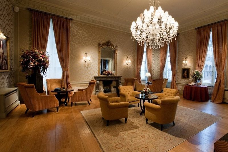 Grand Hotel Casselbergh Lounge/Empfang