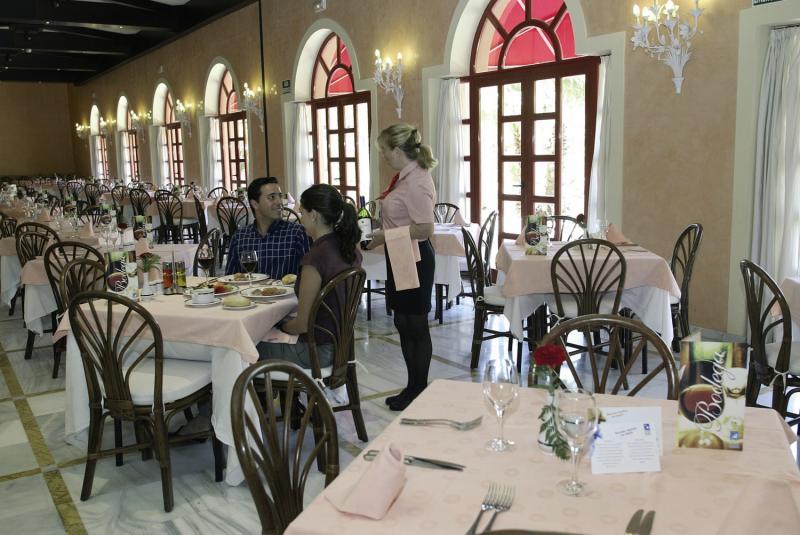 Almunecar Playa Spa Restaurant
