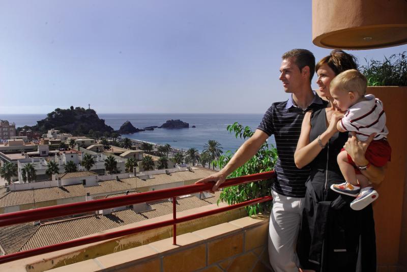 Almunecar Playa Spa Personen