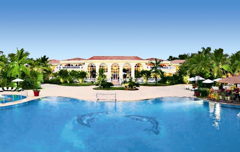 The Zuri White Sands, Goa Resort & Casino Pool