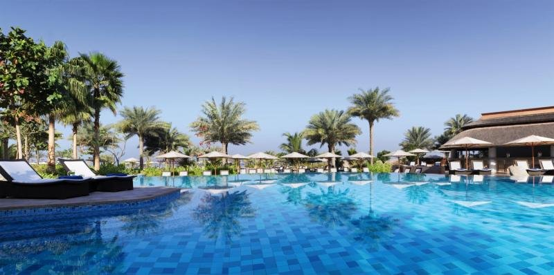 The Ritz-Carlton, Dubai, Jumeirah Beach Pool