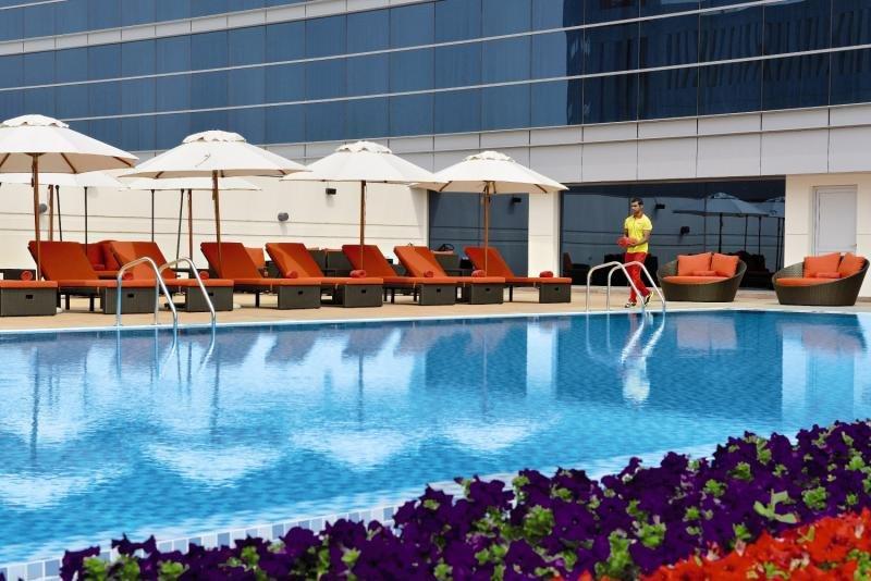 Downtown Rotana Pool