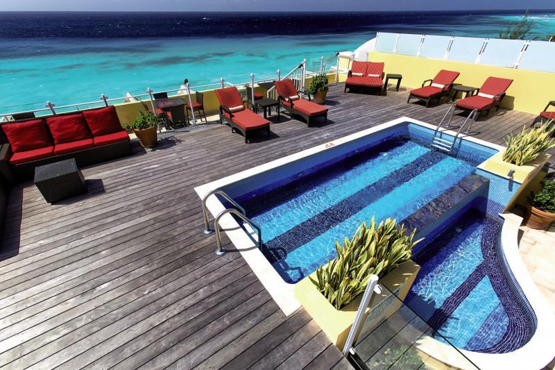 Ocean Two Resort & Residences Pool