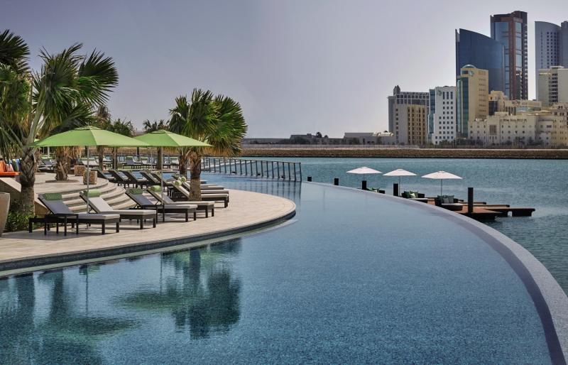 Four Seasons Hotel Bahrain Bay Pool