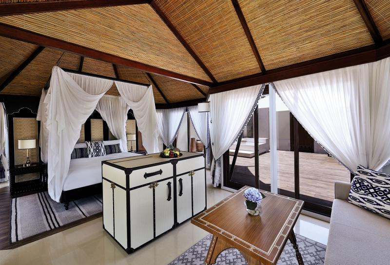 The Ritz-Carlton Ras Al Khaimah, Al Hamra Beach Terrasse