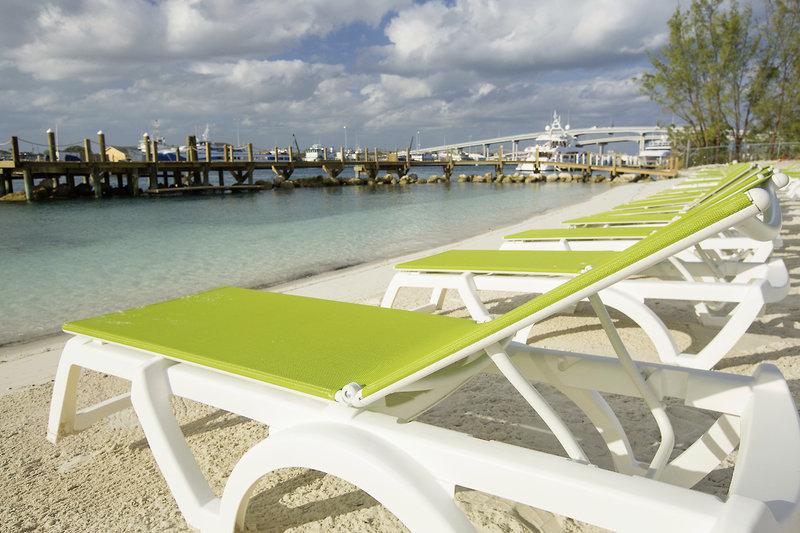Warwick Paradise Island Bahamas - Erwachsenenhotel Strand