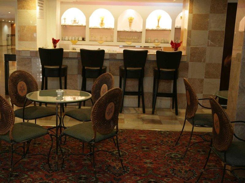 Caesar Premier Jerusalem Restaurant