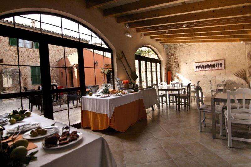Algaida Suite By Eurotels Restaurant