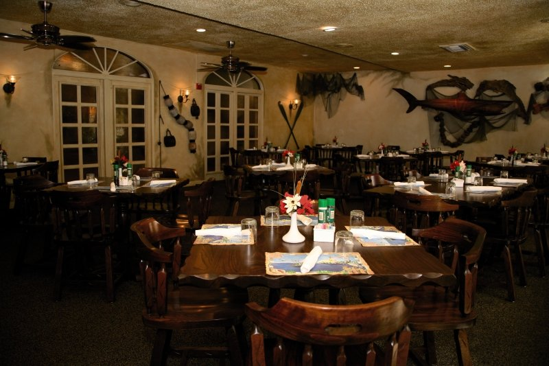 Port of the Islands Resort & Marina Restaurant