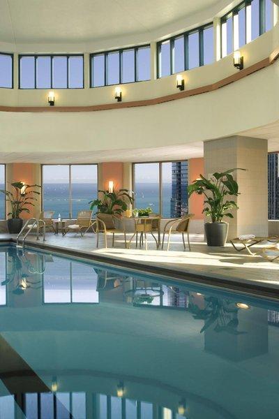 Sheraton Grand Chicago Pool