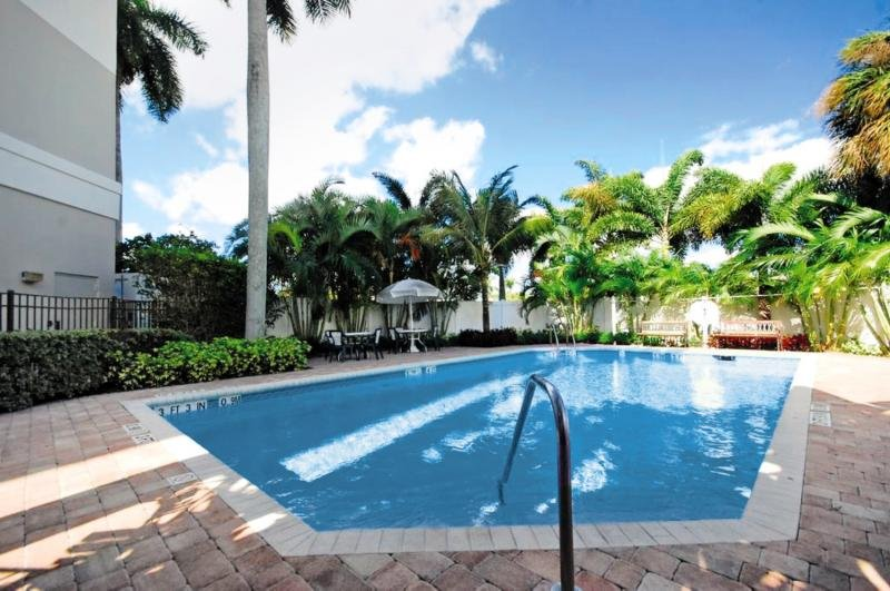 Four Points by Sheraton Fort Lauderdale Airport/Cruise Port Pool