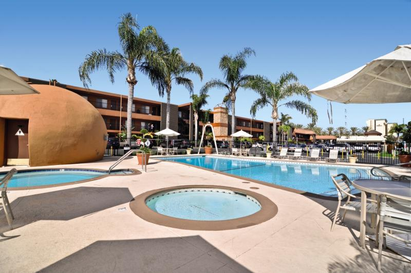 Best Western Plus Stovall´s Inn Pool