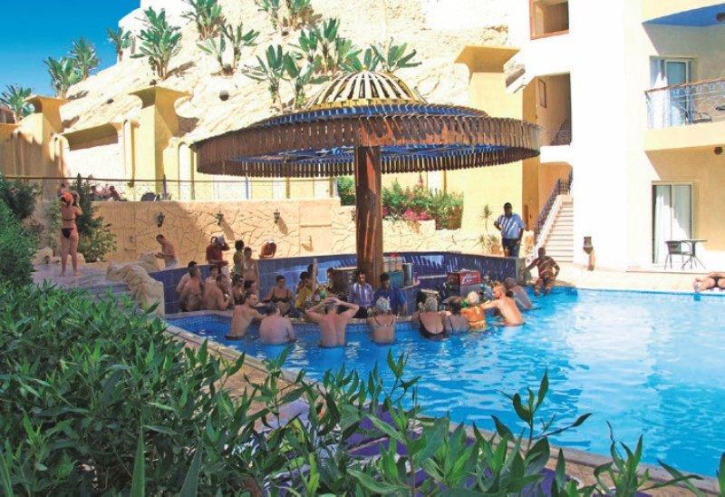 Sphinx Resort Hurghada Bar